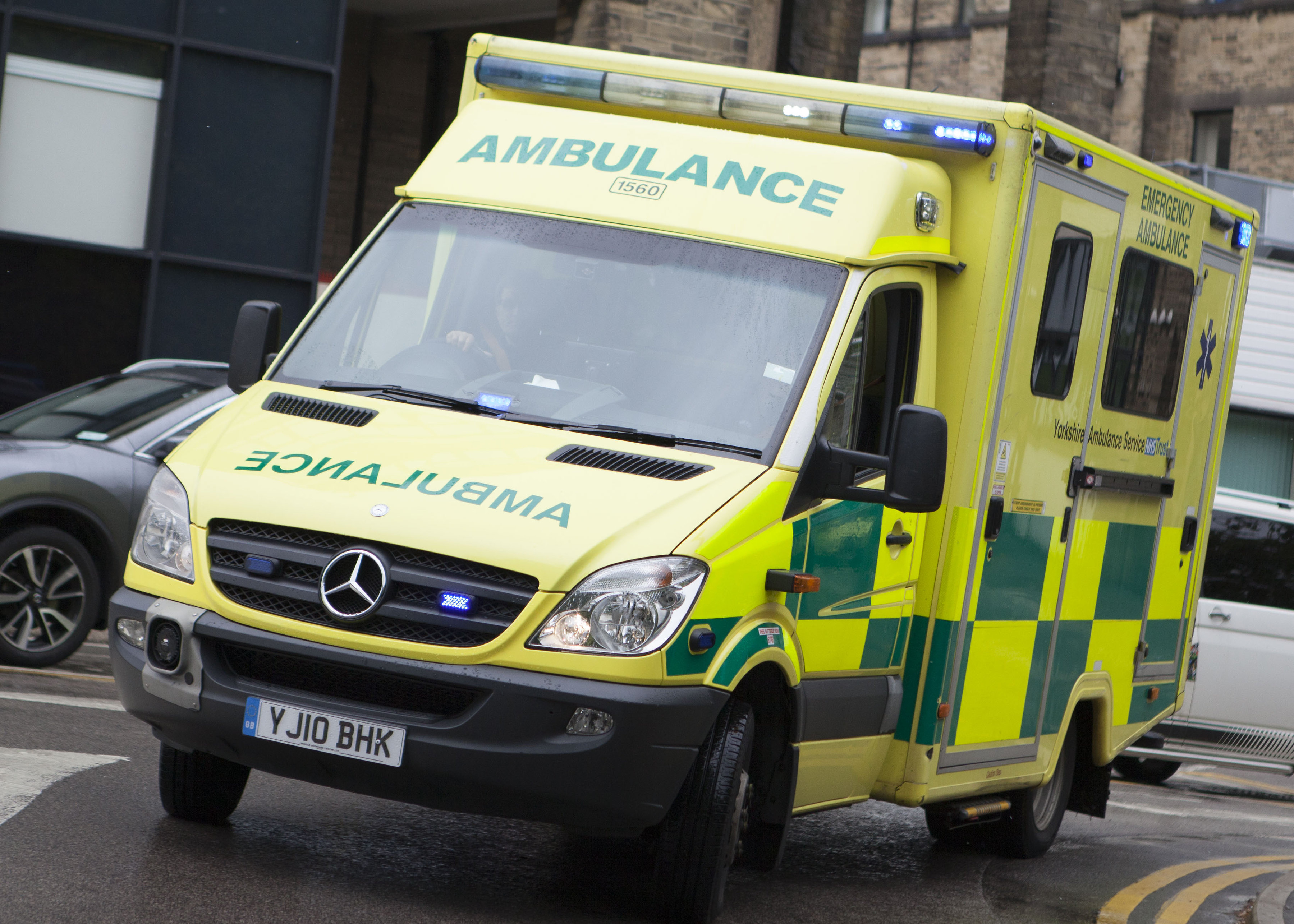 Yorkshire Ambulance Service welcomes boost to funding | Yorkshire